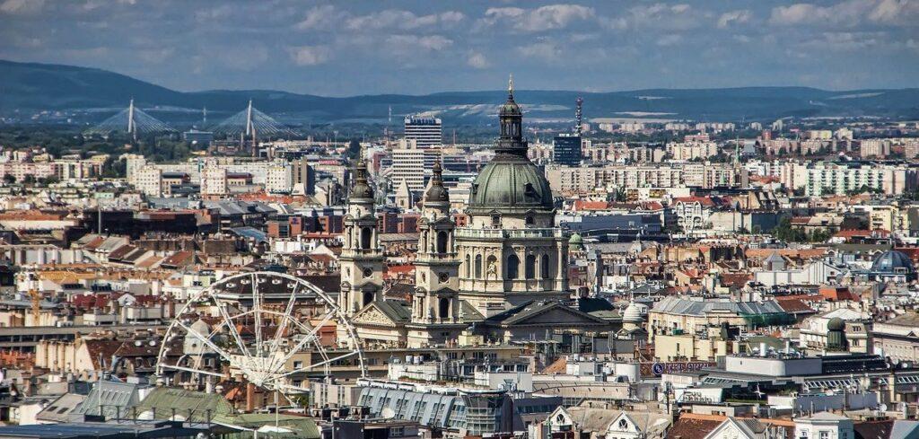 a-legjobb-kulteri-joga-helyszinek-budapesten, budapest